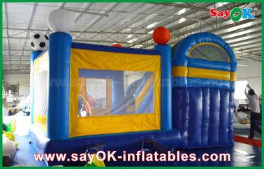 Cina 4x3m kecil Inflatable PVC Bounce Puri Slider Dengan Football Decoratiionn pemasok