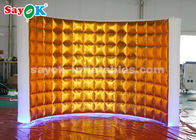 Cina Golden Oxford Cloth Inflatable Photo Booth Wall Dengan Lampu LED pabrik
